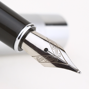 Photo of a fountain pen